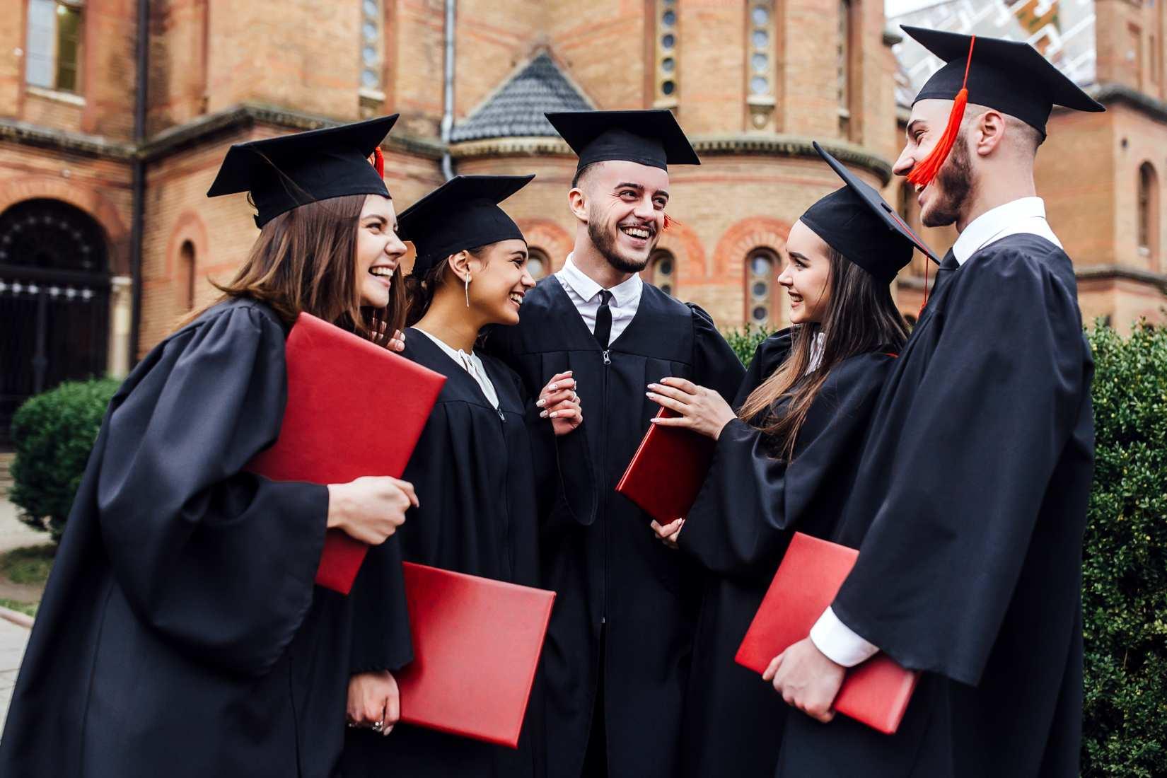 Corsi per conseguire il diploma o corsi per conseguire la licenza media - Istituto Tecnico Garibaldi Busto Arsizio